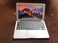 Macbook Air 11' i5 4gb Ram and 128gb flash SSD