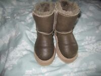 Ugg boots for 2 year old
