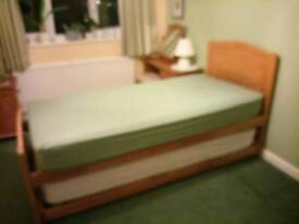 Solid pine single bed with pull out single guest bed