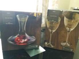Set of 4 glasses and decanter set