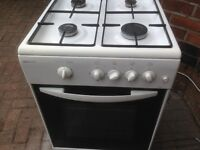 White gas cooker 50cm ..Cheap free delivery