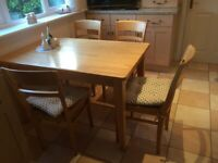 Dining/Kitchen table and 4 matching chairs for sale