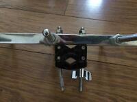 Percussion clamp