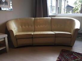 URGENT!!! 1970's VINTAGE SOFA NEED GONE WITHIN THE NEXT WEEK !!!