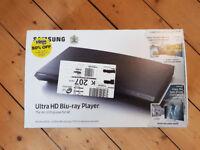 SAMSUNG UBD-M9000 Smart 4K Ultra HD Blu-ray Player + Planet Earth 2 & Everest