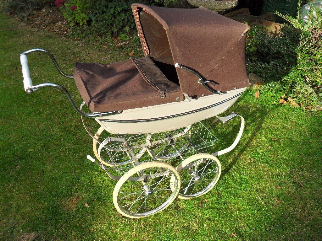 Silver Cross Dolls Pram, Good Used Condition