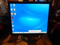 "Dell Ultrasharp 1905FP 19"" Monitor - Perfect Working Order and VGC - All cables included"