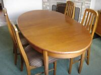 Jentique Extending Dining table & 4 Chairs