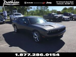 2016 Dodge Challenger SXT   LEATHER   SUNROOF   REAR CAMERA  