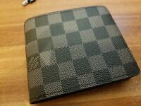 Louis vuitton wallet brand new - Free local delivery