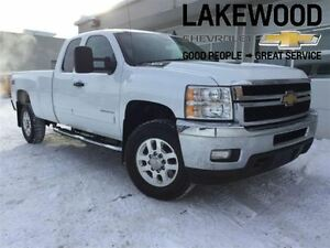 2013 Chevrolet SILVERADO 2500HD LT Ext (4x4, Heated Seats)