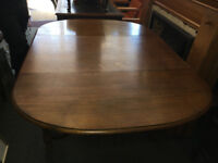 Beautiful Heavy, Great Quality Large Vintage Oval Solid Oak Drop Leaf Dining Table