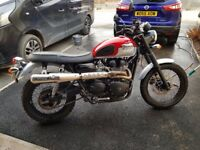 Triumph Scrambler 865 - Less than 1 year old