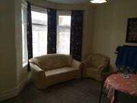 Very Spacious Two Bedroom Flat Available 01/09. £750