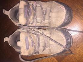 Girls walking boots kids size 12