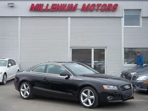 2012 Audi A5 2.0T QUATTRO / 6-SPEED / LEATHER / SUNROOF