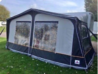 Dorema 900cm awning Blue with curtains and ground sheet, too big for new caravan