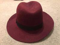 Elegant burgundy fedora / trilby women's hat size Medium