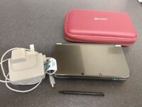nintendo new 3ds xl metallic black with 150 plus games installed & 800 plus themes