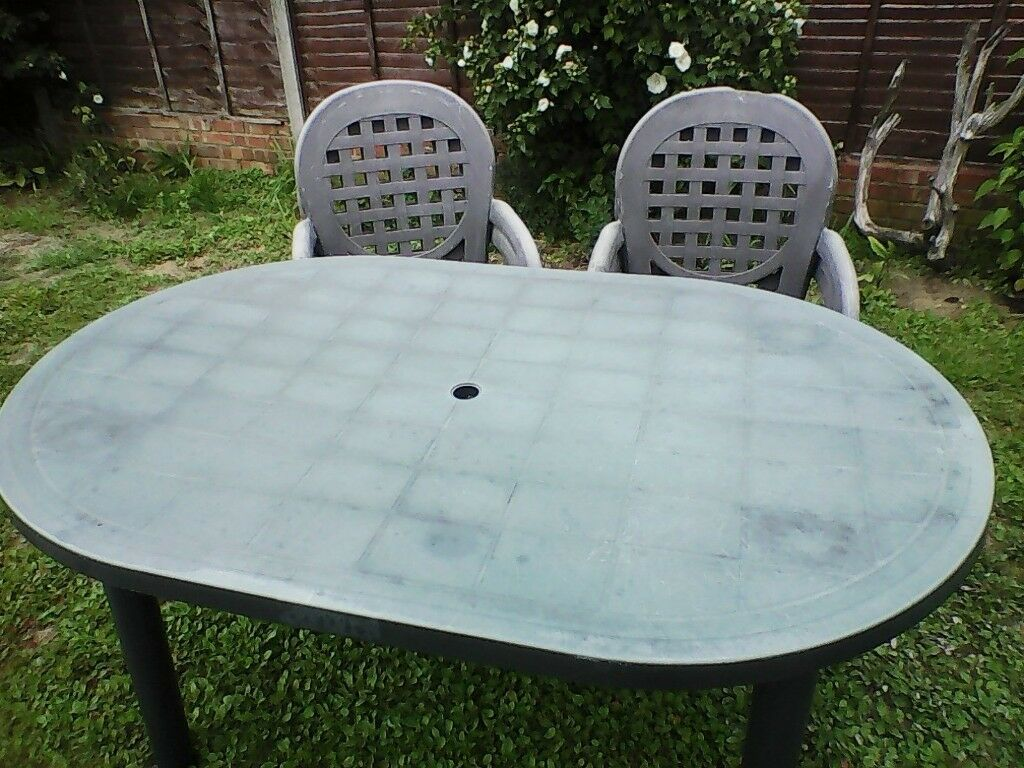 Garden table and 4 chairsin ipswich suffolk