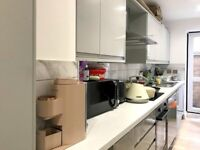 3 large double bedrooms, with private patio in Hammersmith
