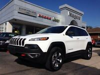 2015 Jeep Cherokee TRAILHAWK,LEATHER,4X4,HEATED SEATS,8.4,NAV