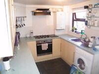 4 bed student house availablenear Sugar, shops and buses to Uni. GCH, garden + bills inc. £95 pppw