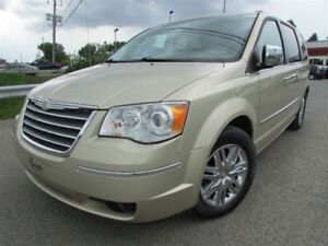 2010 Chrysler Town & Country Limited 7 PASSAGERS NAVI BLUETOOTH