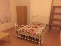 Double room rent in Asian family house