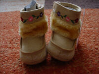 Mothercare Baby Girls Floral Fur Boots size 6-12months app BNWT will post