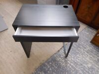 small narrow desk with 1 large drawer. excellent condition. can deliver