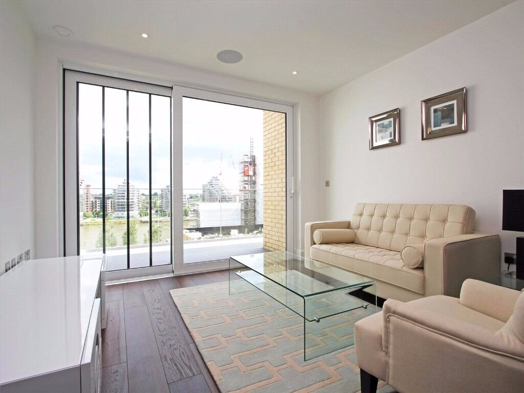 A stylish and contemporary seventh floor one bedroom apartment, situated with Fulham