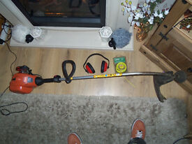 strimmer petrol flymo 2 stroke lite xlt 250 nearly new. £40 quick sale.plus free extras.!!