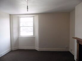 2 Bed Flat, Torquay. £556 - HB accepted