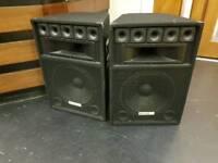 DJ speakers and Amp
