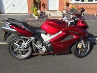 Motorbike VFR 800 2007 Excellent Condition