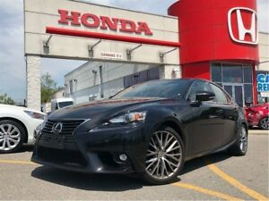 2016 Lexus IS 300 beautiful, navi, AWD