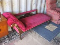 BEAUTIFUL VINTAGE DEEP RED CHAISE LONGE. ORNATE. GOOD CONDITION. VIEW/DELIVERY AVAILABLE