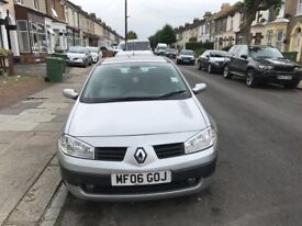 car renault megane hatchback 2006