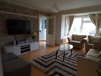 5/6 bedroom semi detached house to rent excellent condition in Earley