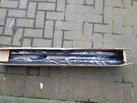 Universal roof rack. Fits most vehicle's.BRAND NEW.NEVER FITTED.