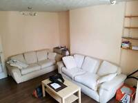 Spacious double room in salford / castlefield manchester NEAR CITY CENTRE * free car park*