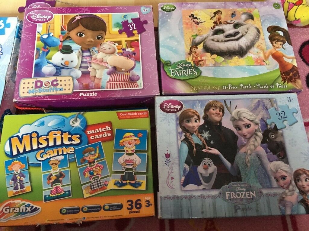 Lot of 6 games - Giant floor puzzle, 2 x 32 pieces & 1 x 64 pieces puzzles, a 4 in 1 puzzle