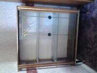 FREE glass display unit FREE