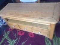 Oak side table/tv table