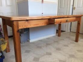 Solid pine dining/kitchen table 6ft x 2ft 6''