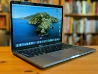 Non-Touchbar Apple MacBook Pro RETINA DISPLAY Space Grey 13.3' Core i5 2Ghz 8GB Ram 251GB SSD