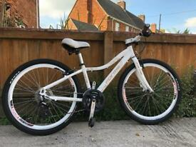 Forme chic ladies mountain bike will post