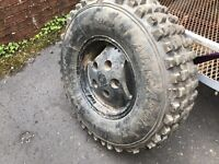 Landrover wheels/tyres off road