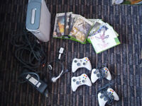 Microsoft Xbox 360 White Console 60 gig used excellent order